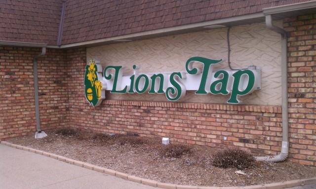 Lions Tap - Exterior